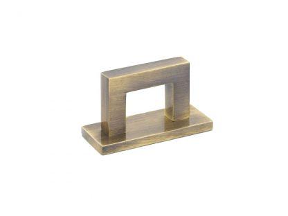 Bromwich Square Pull